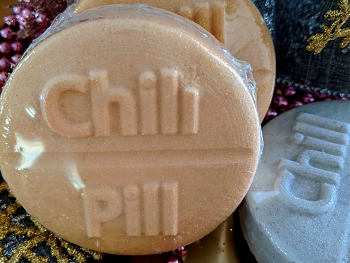 """Gold """"Chill Out"""" Bathbombs"""