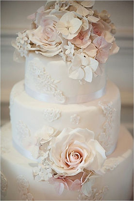 buy a vintage wedding cakes in cardiff