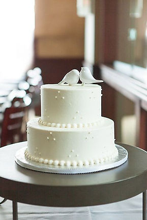 Buy a simple wedding cakes for your South Wales wedding