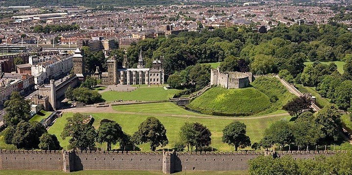 Getting married in Cardiff Castle