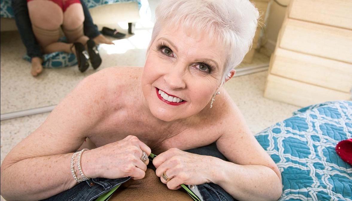 Granny-escort