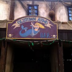 Oldtown Arms Sign