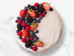 YELLOW CAKE BERRIES VANILLA BUTTERCREAM