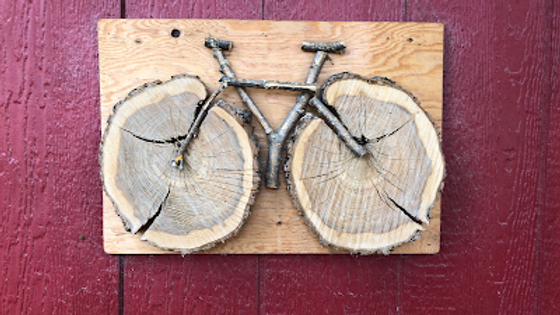 Bikes & Bites Logo in wood