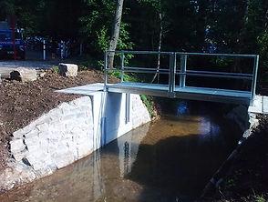 Bauunternehmen Ingenieurbau Region Murrhardt - Ingenieurbau Murrhardt, Stützmauern aus Beton und Naturstein in Murrhardt