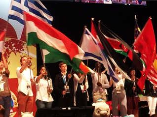 הנפת דגל ישראל בטקס הנעילה של תחרות WSC סניור