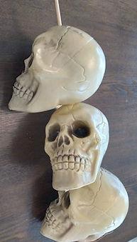 Stacked Skull Dowel
