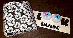 Curvy Keepsake Halloween Box Eyeballs