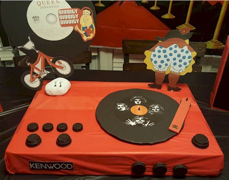 Record Player Queen Party