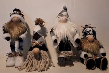 Buffalo Plaid Gnomes