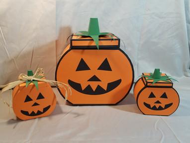 Spotlight - Pumpkin Boxes