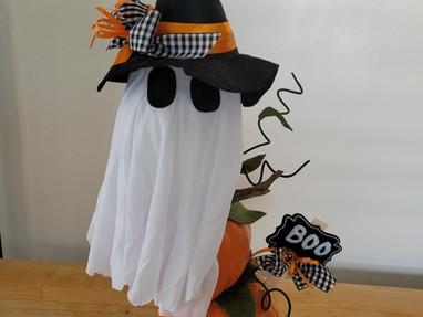 Dollar Tree Ghost and Pumpkins Makeover