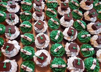 Graduation Caps Diploma Cupcakes