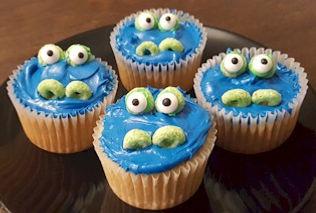 Crocodile Alligator Cupcakes