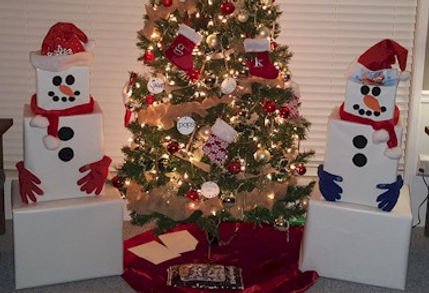 Snowman Presents Gift Wrapping