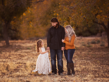 Las Vegas family Photographer | Jo Lamsus Photography | Fall in Kingman