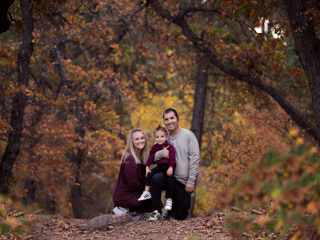 Las Vegas Family Photographer | Jo Lamsus Photography | Fall Mountain Sessions