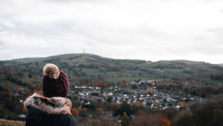 Explore locally - Walking to Teggs Nose from Macclesfield Station