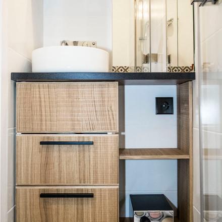 ChristelleMaldague_Renovation_Appartement_Paris_SalleDeBains_MeubleVasque_SophieHaddad.JPG
