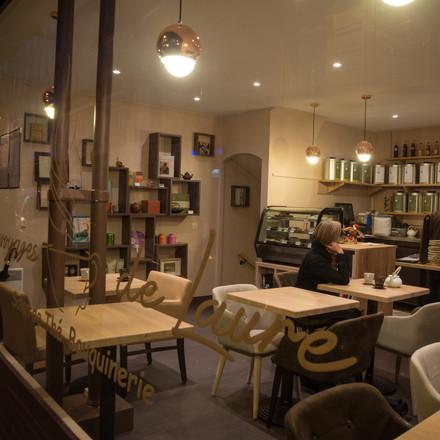 ChristelleMaldague_Renovation_Salon -de- the_Vitrine_AmelieLaurin.jpg