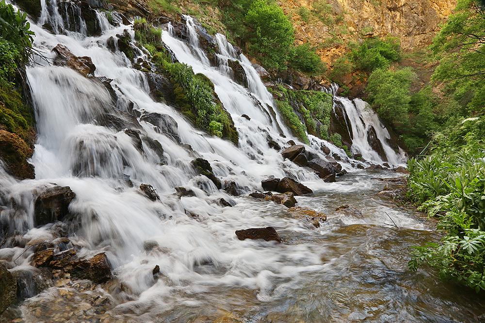 Tomara Şelalesi-Şiran
