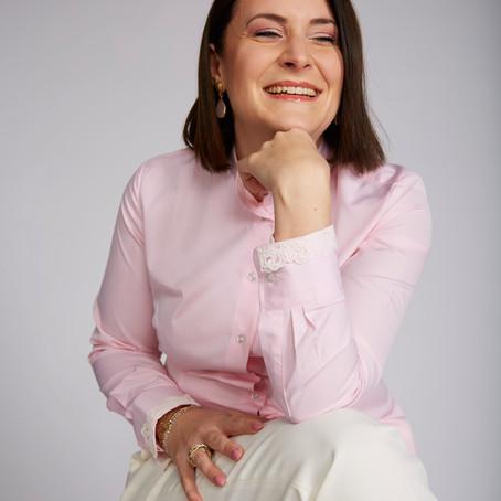 Business-Outfit:                               Dein Erfolg mit der Farbe Rosa
