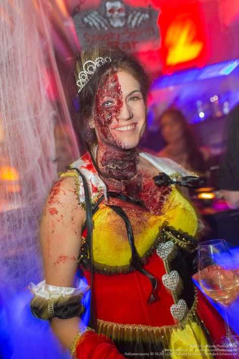 stuttgart_schwarz-our_dark_halloween-2015_10_30-cat_mason-0028
