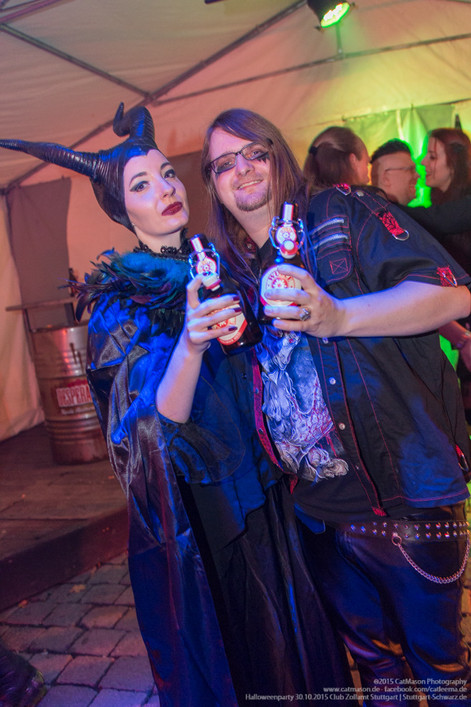 stuttgart_schwarz-our_dark_halloween-2015_10_30-cat_mason-0045