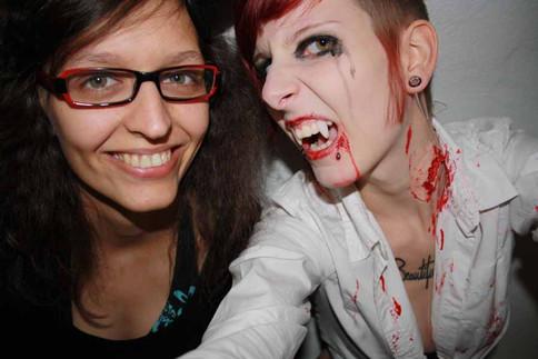 stuttgart_schwarz-our_dark_halloween-2010_10_31-clubkid-0013