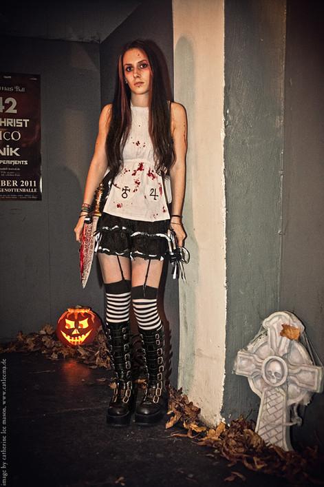 stuttgart_schwarz-our_dark_halloween-2011_10_22-cat_mason-0023