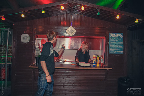 stuttgart_schwarz-our_dark_halloween-2013_10_18-aufbau-cat_mason-0023