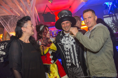 stuttgart_schwarz-our_dark_halloween-2015_10_30-cat_mason-0030