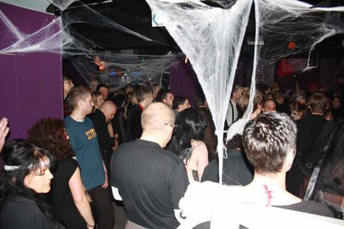 stuttgart_schwarz-our_dark_halloween-2010_10_31-clubkid-0033