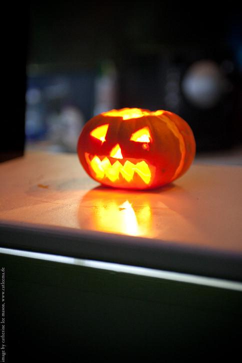 stuttgart_schwarz-our_dark_halloween-2011_10_22-cat_mason-0025