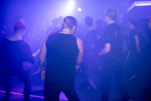 stuttgart_schwarz-our_darkness-2018_03_17-bilderzwerg-0007
