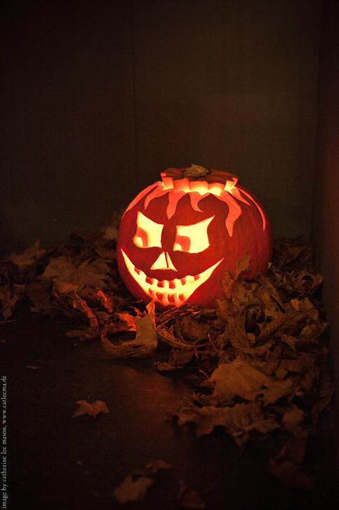 stuttgart_schwarz-our_dark_halloween-2011_10_22-cat_mason-0010