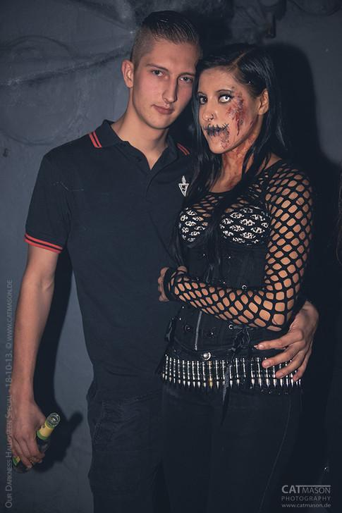 stuttgart_schwarz-our_dark_halloween-2013_10_18-party-cat_mason-0005