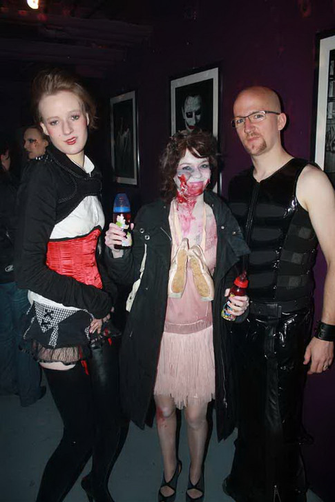 stuttgart_schwarz-our_dark_halloween-2010_10_31-clubkid-0018
