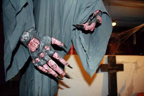 stuttgart_schwarz-our_dark_halloween-2010_10_31-clubkid-0005