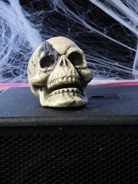 stuttgart_schwarz-our_dark_halloween-2017_10_30-aufbau-sylvette-0016