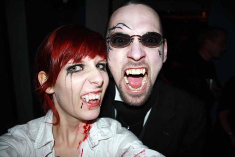stuttgart_schwarz-our_dark_halloween-2010_10_31-clubkid-0028