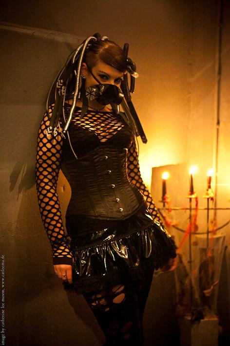stuttgart_schwarz-our_dark_halloween-2011_10_22-cat_mason-0042