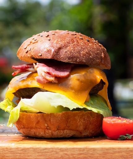 BIJU Shots - Food - Burger 2.jpg