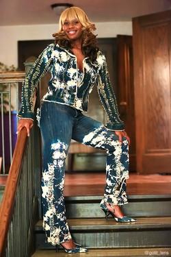 Model: Ms Posley