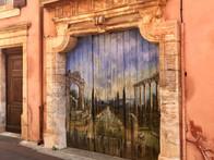 A village tour of Provence