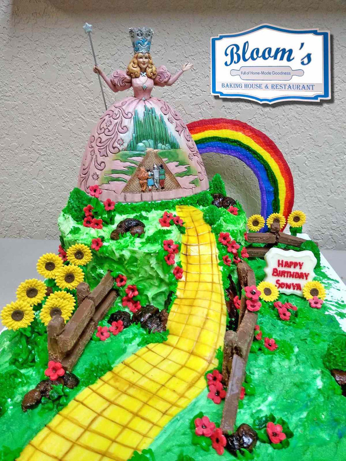 Wizard of Oz Cake-compressed.jpg