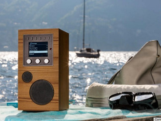 Como Audio Amico review: This wireless music-streaming speaker can go where you go