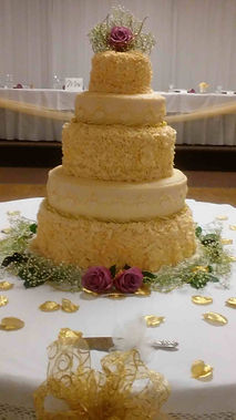 Gourmet wedding cakes by Bloom's Baking