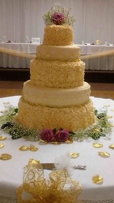 Gourmet wedding cakes by Bloom's Baking