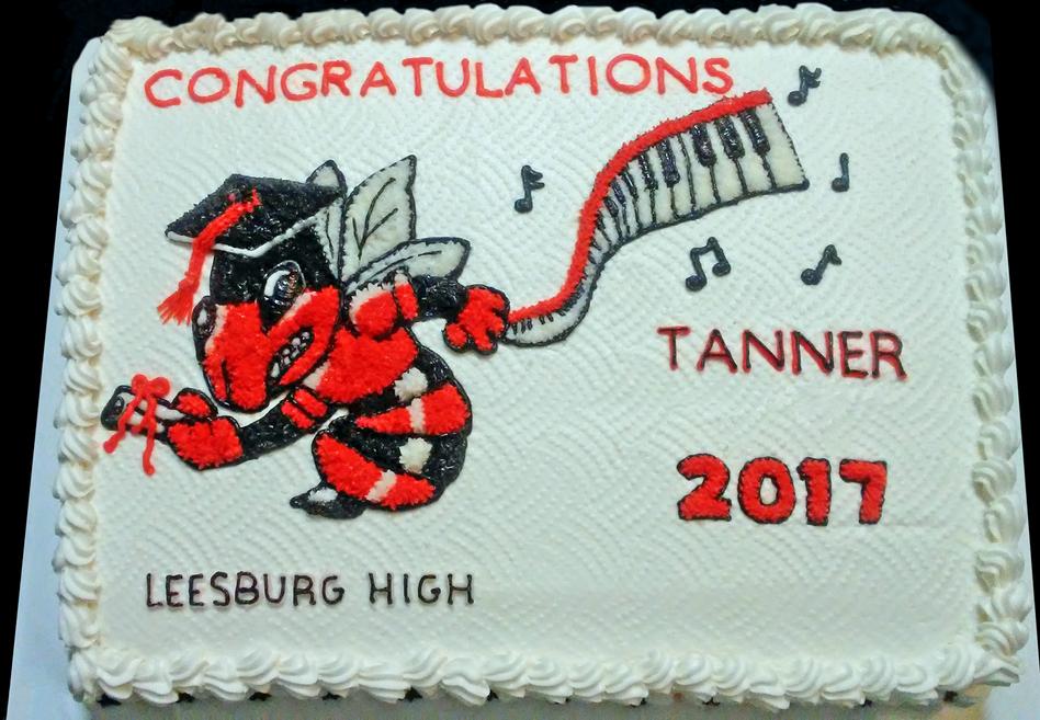 Custom-Graduation-Cakes
